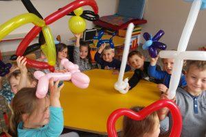 Des ateliers magie et ballons pour enfants